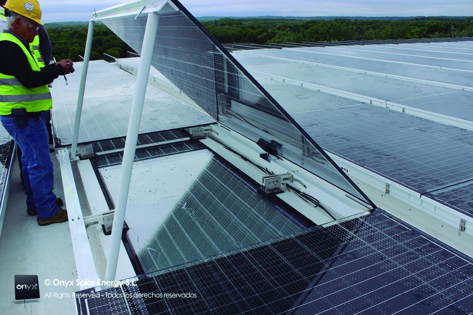 Szkło fotowoltaiczne na dachu
